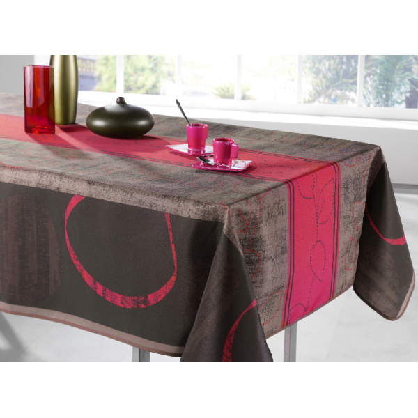 nappe ovale motif pointilles framboise nappe ovale nappe. Black Bedroom Furniture Sets. Home Design Ideas